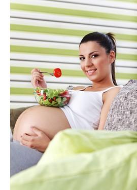 Как правильная еда помогает родить здорового малыша