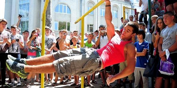 Функциональность тела турникменов и бодибилдеров