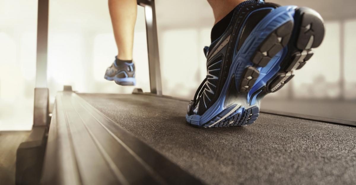 Интервальная тренировка на беговой дорожке для опытных