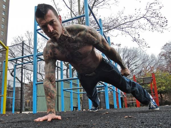 ТОП 5 упражнений стрит воркаут