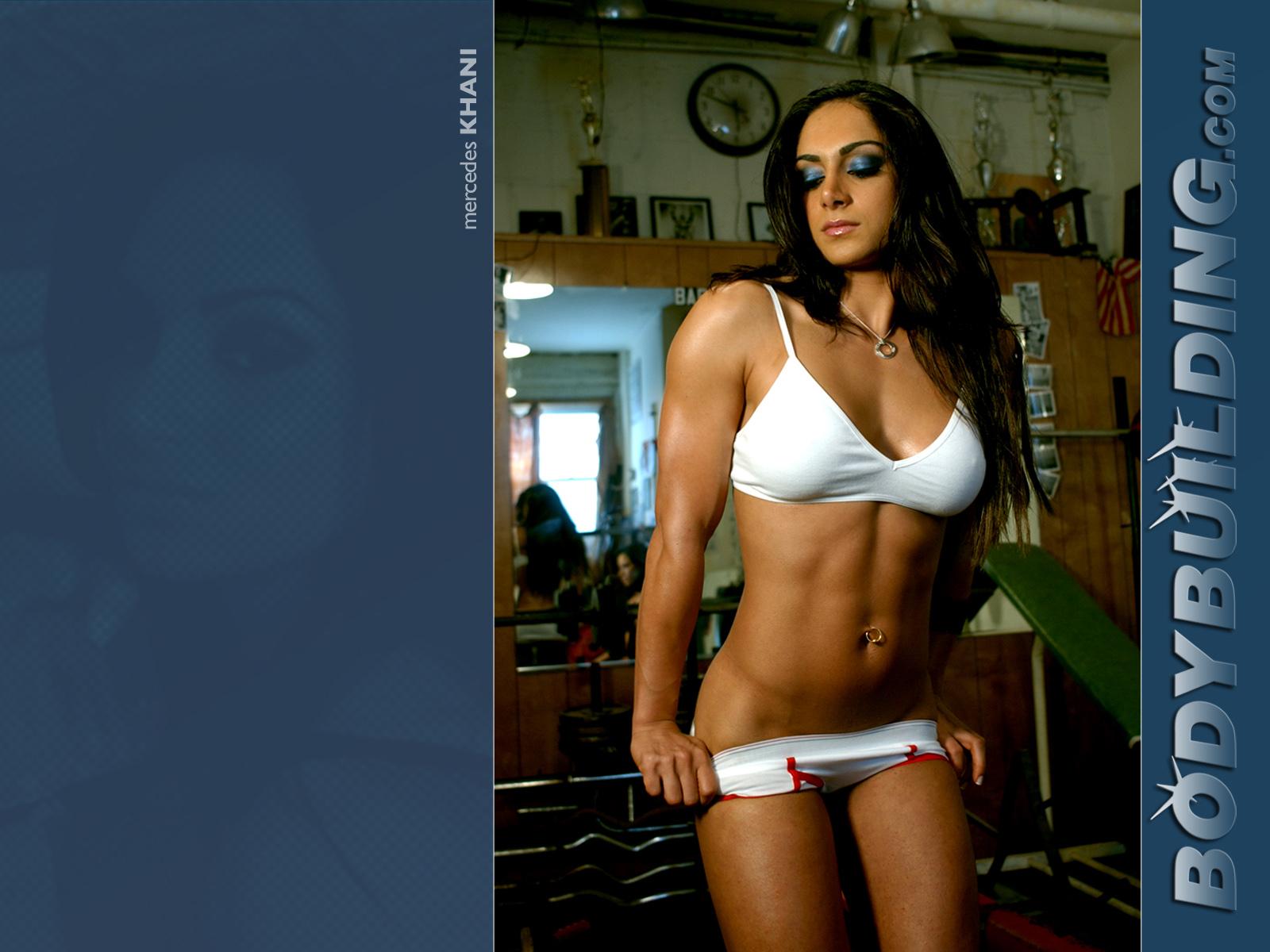 Фитнес с голыми девочками 3 фотография