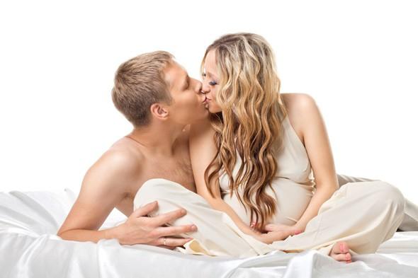 Секс во время беременности. За и против.