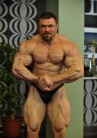 Юрий Леонов
